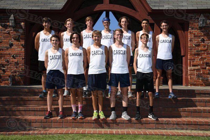 Varsity Cross Country : Team Portraits : 8.23.17